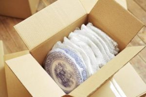 how to move fragile items