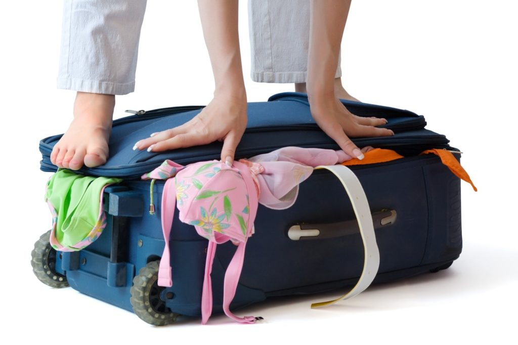 packing-tips-for-the-christmas-holiday
